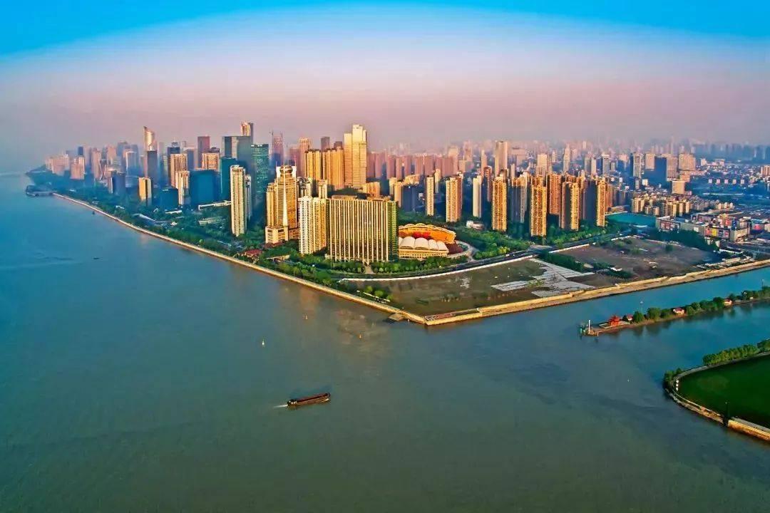 大运河与钱塘江在杭州的交汇处,摄影师@潘劲草